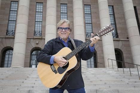 Mikko Alatalo on kertonut, että Viimeinen juna -albumi on hänen viimeinen levynsä.