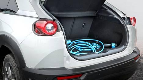 Mazda MX-30 -mallia seuraa iso joukko sähköistettyjä uutuuksia.