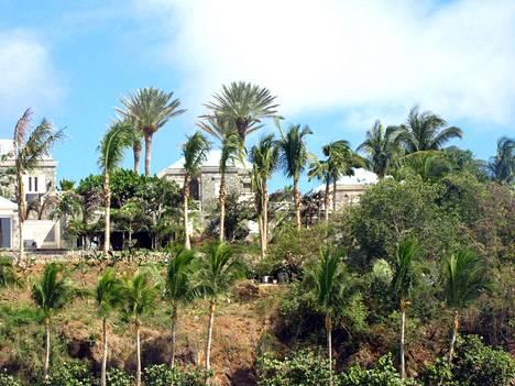 Epsteinin omistama Little St. Jamesin saari sijaitsee Yhdysvaltain Neitsytsaarilla.