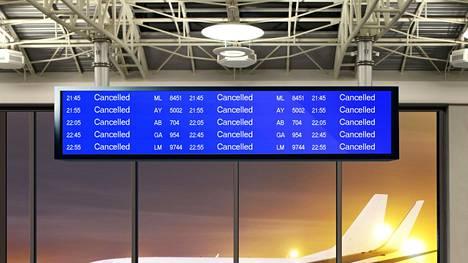 Viime viikolla Euroopan Unionin tuomionistuin linjasi, että lentoyhtiöt ovat velvoitettuja maksamaan korvauksia kuluttajille sellaisissakin tapauksissa, joissa lentojen myöhästyminen tai peruuttaminen johtuu lentoyhtiön sisäisestä lakosta.