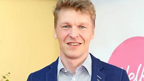 Toni Nieminen palasi BB-talosta rakkaansa kainaloon – julkaisi hellyttävän yhteiskuvan