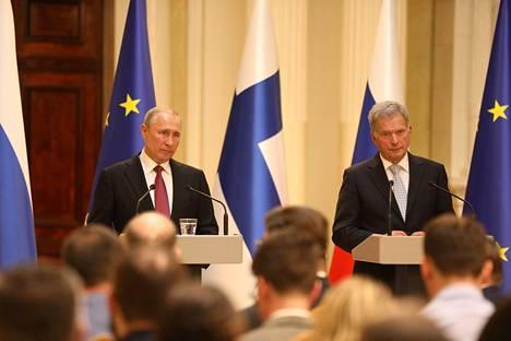 Erityisesti Putinin vastaukset kiinnostivat kansainvälisessä mediassa.