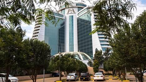 Suomalainen liikemies löydettiin kuolleena Pearl Of Africa -hotellista Kampalasta vuosi sitten helmikuussa.