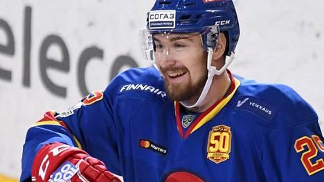 Jokerien Pekka Jormakka oli syystäkin vekkulilla päällä Moskovan Spartakia vastaan napatun kotivoiton jälkeen.