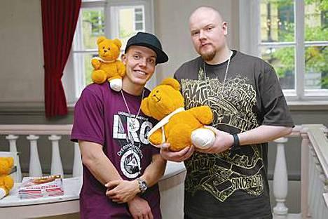 Fintelligens esiintyi Lastenklinikoiden kummien hyväntekeväisyyskonsertissa maanantaina Helsingissä.