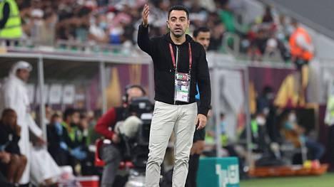 Barcelonan entinen keskikenttämies Xavi valmentaa tällä hetkellä qatarilaisseura Al Saddia