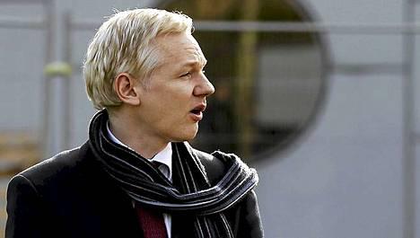 Julian Assange ei halua Ruotsiin.