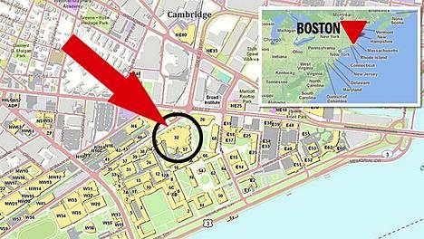 Ammuskelu tapahtui kampusalueen rakennuksen 32 ulkopuolella.