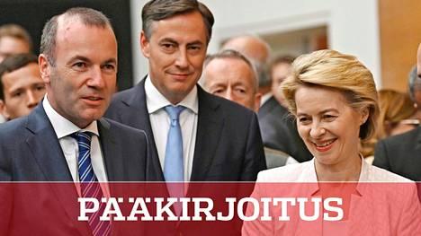 Konservatiivien kärkiehdokas Manfred Weber (vas.) jäi syrjään, kun hänen puoluetoverinsa Ursula von der Leyen sai Eurooppa-neuvoston tuen komission uudeksi puheenjohtajaksi.