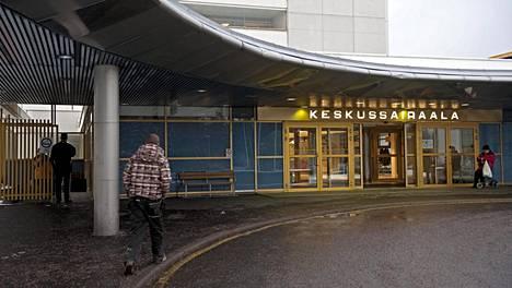 Päijät-Hämeen keskussairaalan koronapotilaiden määrä nousi viime viikolla koko korona-ajan ennätykseen. Nyt tilanne on jo aavistuksen helpottunut.