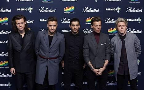 One Direction (vas.) Harry Styles, Liam Payne, Zayn Malik, Louis Tomlinson ja Niall Horan.