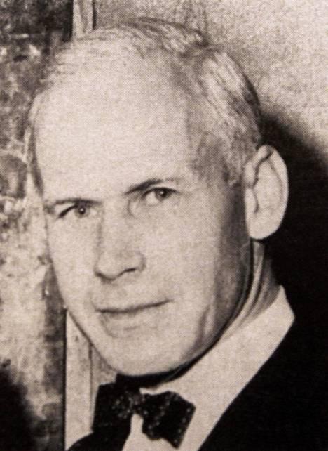Olof Lagercrantz oli tunnettu ruotsalainen kirjailija ja kriitikko ja Dagens Nyheterin päätoimittaja 1960–1975. Karin Stolpella ja Olof Lagercrantzilla oli lyhyt suhde kesällä 1932. –Sven Stolpe yritti tappaa vaimonsa Karinin aavistettuaan, että hän on löytänyt toisen miehen, Alex Schulman kertoo.