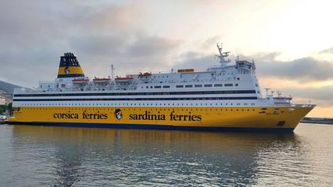 Mega Regina Bastian satamassa viime viikolla.