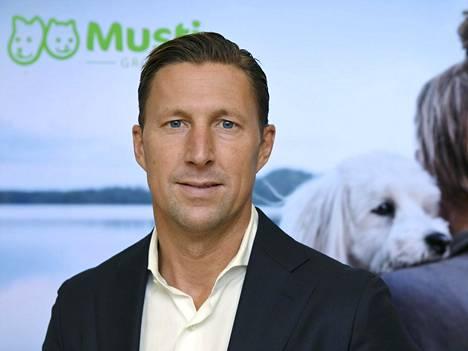 –<TH>Markkina kasvaa neljän prosentin vuosivauhtia, kuvaa Musti Groupin toimitusjohtaja David Rönnberg.