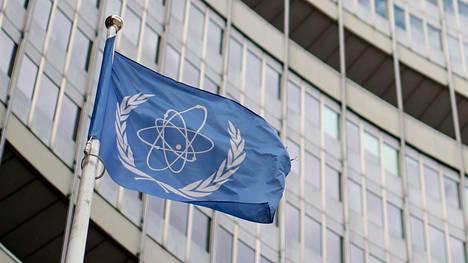 Kansainvälisen atomienergiajärjestön mukaan Iranilla on uraania runsaat 2100 kiloa, kun vuonna 2015 sovittu yläraja on noin 200 kiloa.
