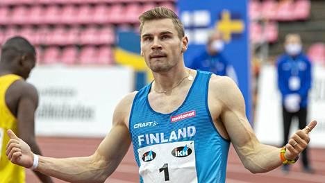 Elmo Lakka Ruotsi-ottelussa syyskuun alussa.