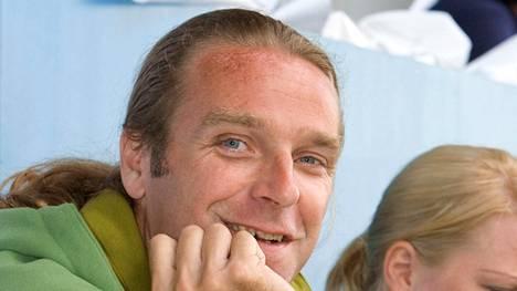 Patrik Sjöberg on yleisurheilulegenda. Arkistokuva vuodelta 2006.