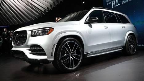 IS New Yorkin autonäyttelyssä: Mercedes-Benzin ylellinen uutuus on nyt entistäkin isompi – tällainen on GLS 580 4Matic!