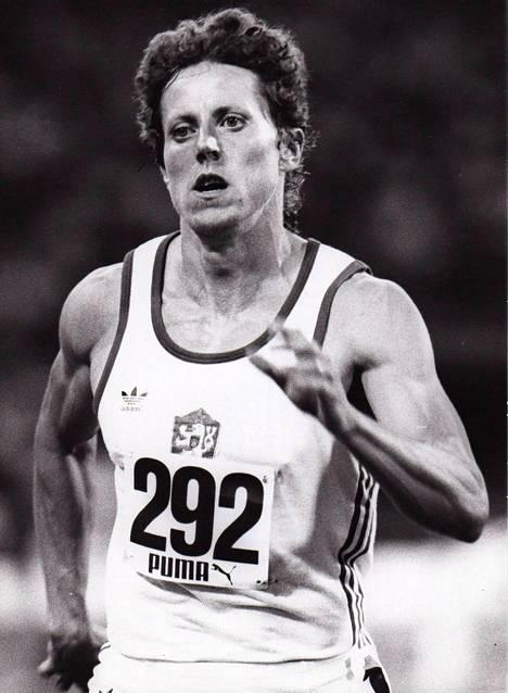 Kratochvilovan juoksema 800 metrin ME on säilynyt rikkomattomana jo lähes 33 vuotta.