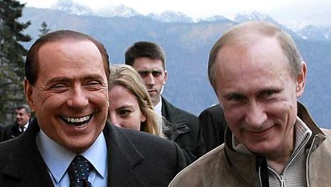 Silvio Berlusconi vieraili taas Venäjällä joulukuun alussa.