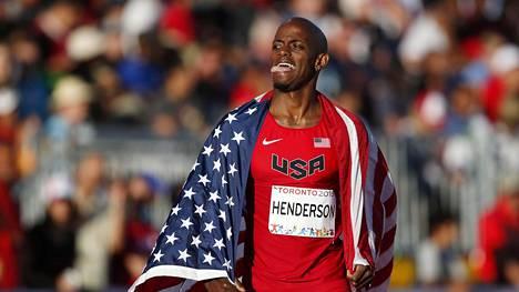Jeffrey Henderson voitti hurjan pituuskisan.
