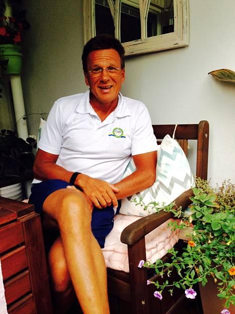 Joroisten ensimmäisen triathlonin voittaja, Magnus Lönnqvist asuu Porvoossa ja tekee töitä muun muassa urheilijoiden kanssa.
