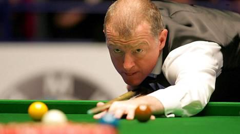 Steve Davis hallitsi snookeria 1980-luvulla.
