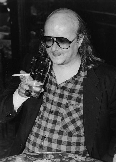 Juice, tuoppi ja tupakka 1986.