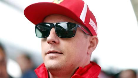 Kimi Räikkönen palkittiin Jyväskylässä – lähetti veijarimaisen videotervehdyksen