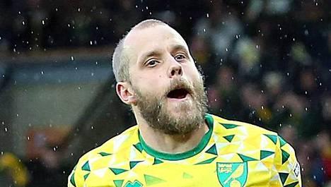 Teemu Pukki on täysin pitelemätön – nyt kaksi maalia Boltonin verkkoon!