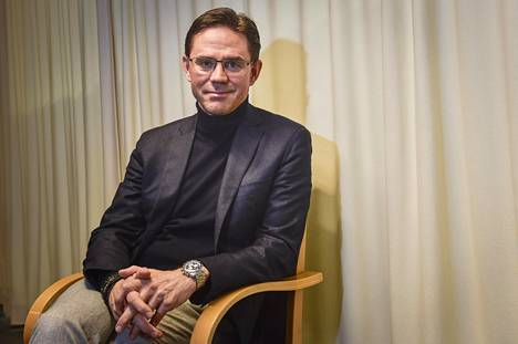 """Jyrki Katainen toivoo eurovaalikeväänä keskustelu saisi Kataisen mukaan olla """"kovaäänistä""""."""