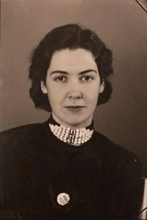 Karin Stolpe joutui maksamaan loppuelämänsä lyhyestä romanssista kesällä 1932.