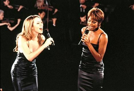 Mariah Carey ja Whitney Houston lauloivat vuonna 1998 elokuvan Egyptin prinssi tunnussävelmän When You Belive.