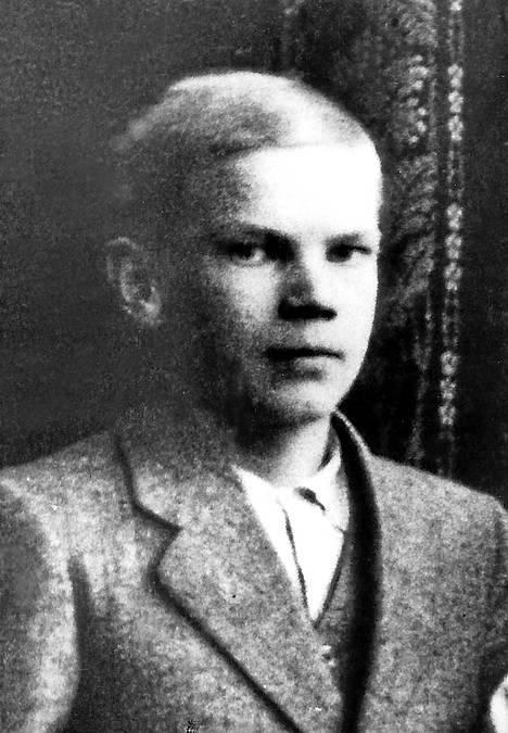 Koululainen Urho Kekkonen.