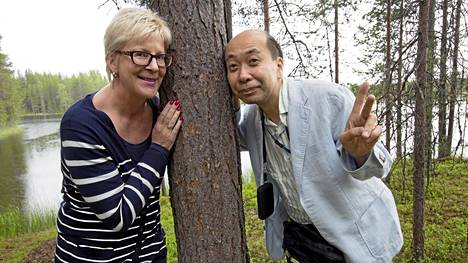 L ääkäri  Fumio Hirano-Takemura  on käynyt jo kolmesti tutustumassa metsäterapiaan Suomessa.