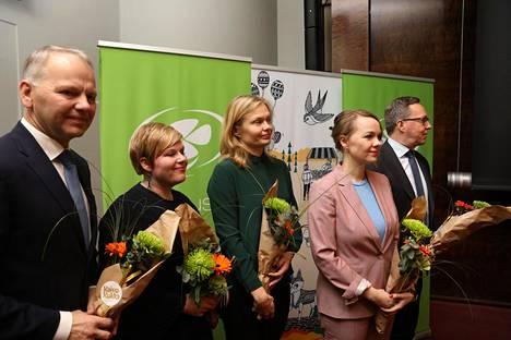 Jari Leppä (vas.), Annika Saarikko, Hanna Kosonen, Katri Kulmuni ja Mika Lintilä.