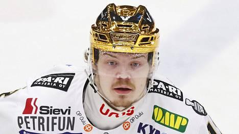 Ville Leskinen pelasi viime kaudella Kärpissä.