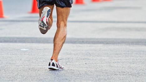 Juoksija kuvituskuvassa.