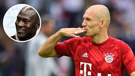 Arjen Robben houkuteltiin takaisin eläkkeeltä.