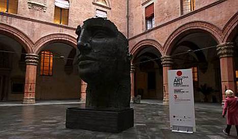 Bolognassa modernia taidetta on paljon esillä pienissä gallerioissa, ja klassista taidetta löytyy isoista museoista.