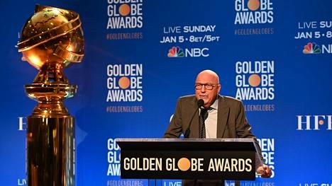 Hollywood Foreign Press Associationin puheenjohtaja Lorenzo Soria vuoden 2019 Golden Globe -juhlissa.