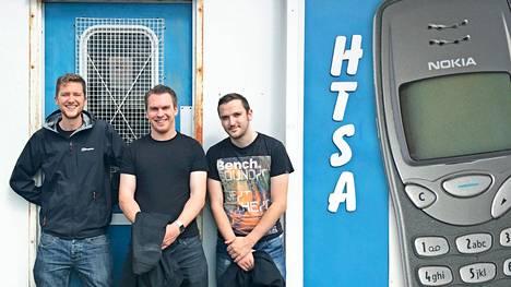 James Chisem, Alasdair Bell ja Paul Cuffe sekä vanha kunnon 3210.