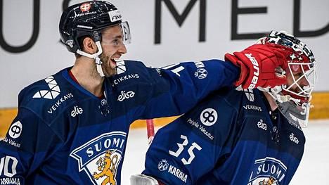 Maailmanmestari Petteri Lindbohmilla ja maajoukkueen ensikertalaisella, maalivahti Frans Tuohimaalla oli lystiä Venäjän-turnauksessa.