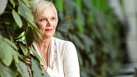 Katri Helenan ohjelmamyynti siirtyy Tommi Liimataisen firmalle.