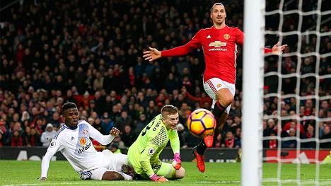 Zlatan Ibrahimovic upotti 2–0-maalin Sunderlandin verkkoon viime tapaninpäivänä. Joukkueet kohtaavat jälleen sunnuntaina.
