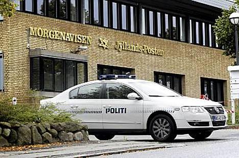 Jyllands-Posten julkaisi vuonna 2005 sarjan pilakuvia, jotka saivat aikaan väkivaltaisia protesteja ympäri muslimimaailmaa.