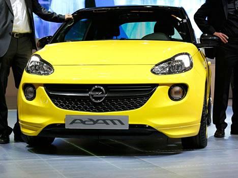 Opel Adam kuuluu tehtaan kärkimalleihin.