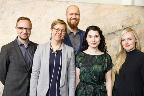 Viisi vihreiden puheenjohtajaehdokkaista, Olli-Poika Parviainen, Krista Mikkonen, Touko Aalto, Emma Kari ja Maria Ohisalo. Kisan ennakoidaan huipentuvan Aallon ja Karin välillä.
