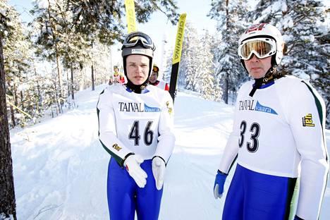 Pasi Huttunen ja Matti Nykänen Taivalkoskella helmikuussa 2008.