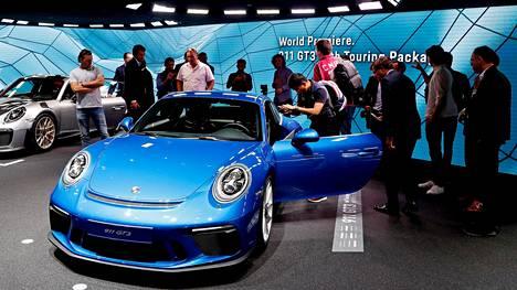 Porsche esitteli uuden 911 GT3 -mallinsa.